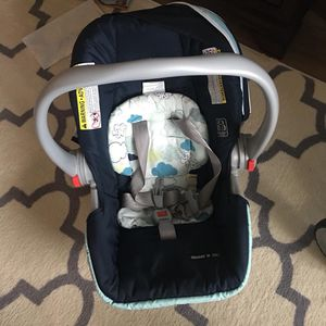 Car seat AND Base. Excellent used conditions for Sale in Fairfax, VA