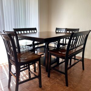 Dining Room Table for Sale in Visalia, CA