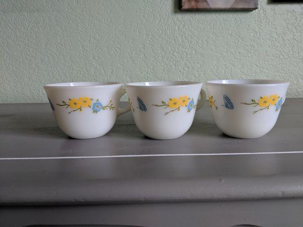 Vintage Pyrex Milk Glass Tea Cups Mugs