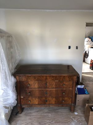 Antique dresser, formally owned by Evander Holyfield for Sale in Deale, MD