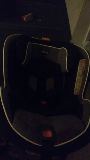 Chicco 3-in-one carseat for Sale in Austin, TX