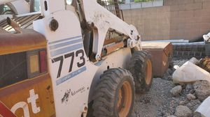 2001 Bobcat skid-steer loader 773 for Sale in Hacienda Heights, CA