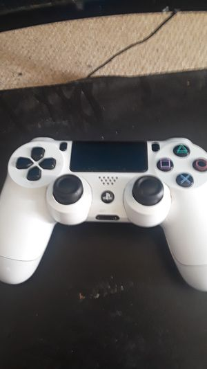 Ps4 controller for Sale in Wichita, KS