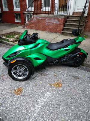 Can Am Spyder three wheel motorbike for Sale in Baltimore, MD