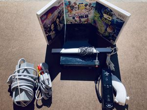 Black Nintendo Wii Bundle with Games for Sale in Nicholasville, KY