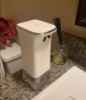 12 oz automatic touchless soap dispenser for Sale in Houston, TX