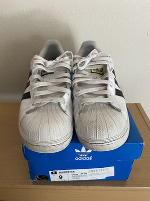 Adidas Superstar Size 9 for Sale in Seattle, WA
