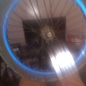 20 Inch Kids Bike Tire Great Condition Aired Up Just Had Dirt On It Only Hit Me Up If You Live In Hammond for Sale in Hammond, LA