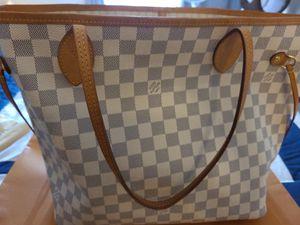 Louis Vuitton never full tote medium for Sale in Falls Church, VA
