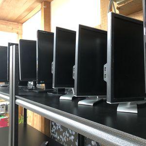 19 - 24 inch LCD monitor for Sale in Renton, WA