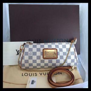 Lv bag Louis Vuitton pochette purse wristlet azur for Sale in Glendale, CA