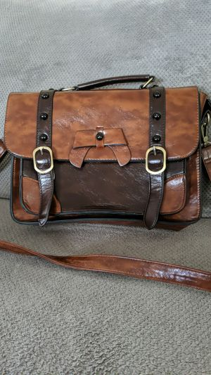 Leather Messenger Bag for Sale in Vancouver, WA