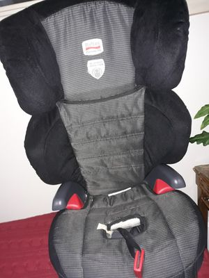 I sell car seat is in good condition is not broken for Sale in Providence, RI