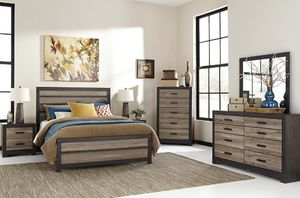 5-Piece Bedroom Set ( +2 Night Stand Lamps) for Sale in Kissimmee, FL