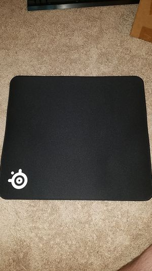 Steelseries QCK+ edge gaming mousepad for Sale in Everett, WA