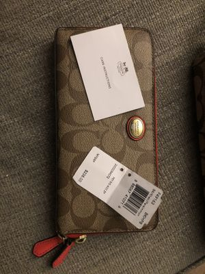 Authentic COACH wallet for Sale in Edwardsville, IL