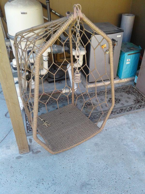 Brand new swinging chair, cushion, furry pillows