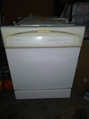 Dishwasher, Maytag for Sale in Fresno, CA