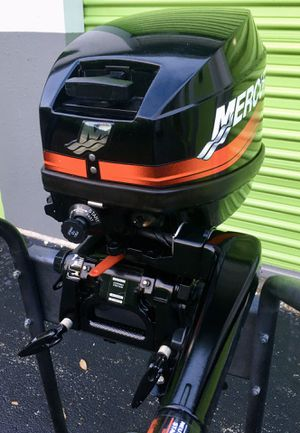 2005 15Hp Mercury 2 stroke short shaft outboard motor for Sale in Pompano Beach, FL