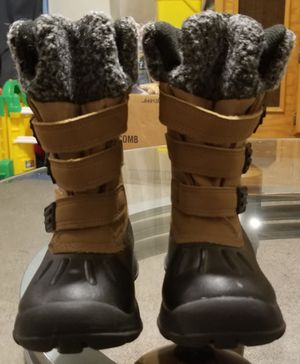 Rugged outback snow boots for Sale in Roy, UT