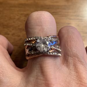 New CZ 2 Tone Silver/gold Wedding Ring Size 9 for Sale in Rolling Meadows, IL