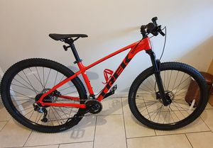 Trek Moutain Bike X-caliber 7 for Sale in Portland, OR