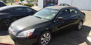 2004 honda accord. Salvaged title. Runs great. Has a/c. for Sale in Fontana, CA