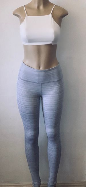 Athleta ex small grey heather and white ribbed for Sale in Los Angeles, CA