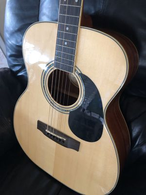 Acoustic Mitchell guitar model MO 100 S PK for Sale in Lancaster, CA