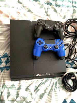 PS4 for Sale in Brandon, WI