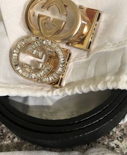 womans belt set for Sale in Charlotte,  NC
