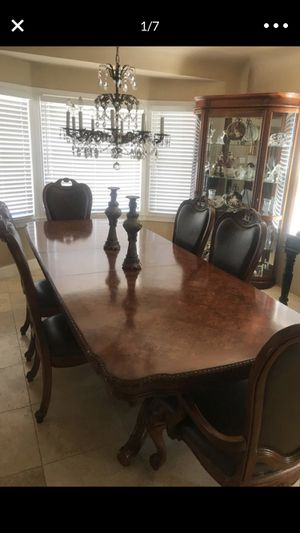 Antique table for Sale in Fresno, CA