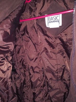 Winter Jacket says it's a size small looks like bigger very nice good condition for Sale in Phoenix, AZ