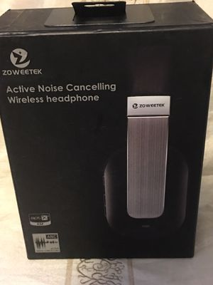 Active Noise Cancelling Wireless Headphones for Sale in Chino, CA