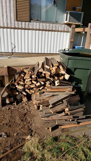Free fire wood for Sale in Kent, WA