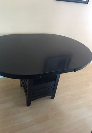 Breakfast countertop table for sale for Sale in Edison, NJ