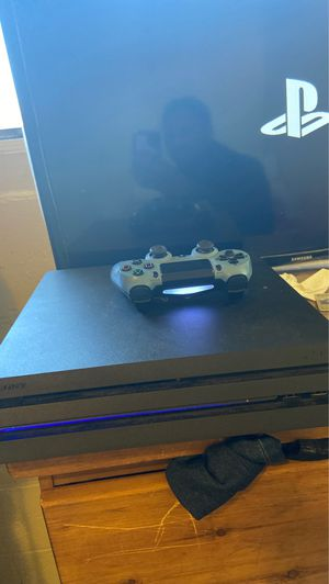 Ps4 pro 1 Tb Willing to trade for Nintendo switch with games or pc for Sale in Los Angeles, CA