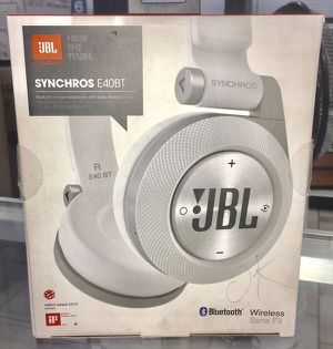 On - Ear Bluetooth Headphones Wireless Audifono Auriculares Inalambrico JBL for Sale in Miami, FL