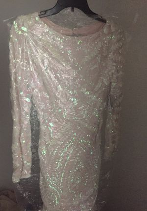 White sequin dress for Sale in Cleveland, OH