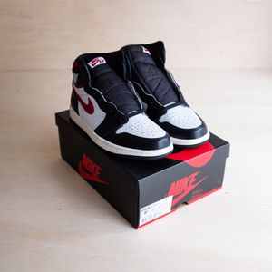 Jordan 1 Retro High Black Gym Red Size 9.5 for Sale in Brier, WA
