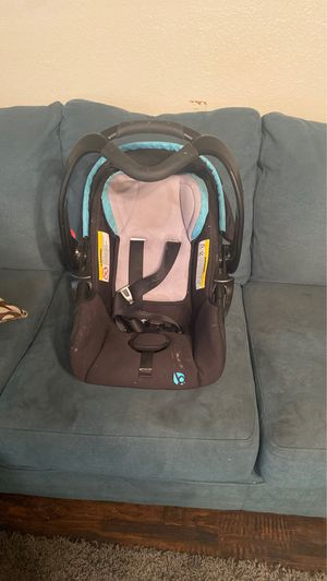 Baby car seat for Sale in Lubbock, TX