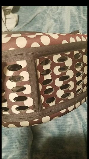 small dog or cat carrier for Sale in Oakland, CA