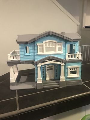 Recycled doll house (boy or girl) for Sale in Hillsboro, OR