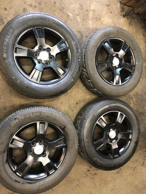 18inch BLACK GMC 6 lug Arcadia rims and tires also fit Chevy traverse $550 for Sale in Warren, MI