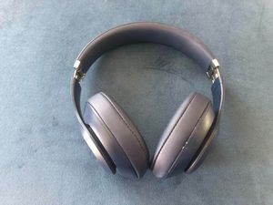 Beats Studio 3 Headphones Navy Blue for Sale in Bonita, CA
