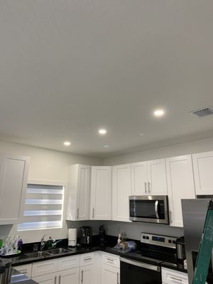 Recessed Lights ( luses Modernas ) for Sale in Homestead, FL