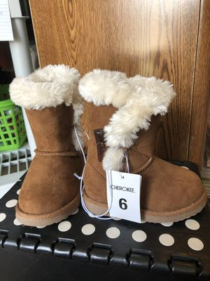 NWT toddler girls faux fur boots for Sale in Colorado Springs, CO