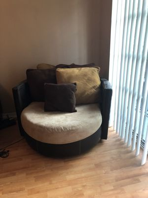 4 piece living room set for Sale in Tampa, FL