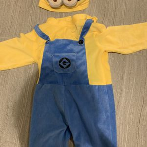 Minion Extra Small Dress Up Costume 2-3T for Sale in Brooklyn, NY