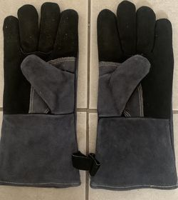 Ozero Thermal Gloves for Sale in Portland,  OR